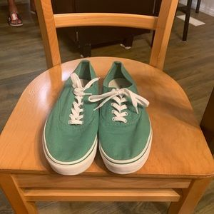 Old Navy Low Top Shoes
